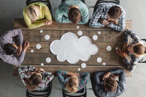 Jak prowadzić narady zespołowe? – [tekst +video]